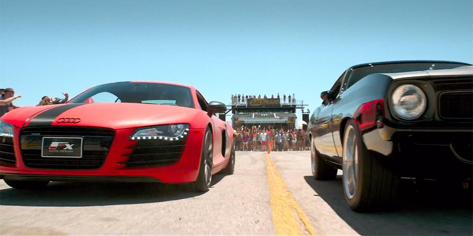 Siêu xe Audi (trái) trong cảnh đua xe trong Fast 7
